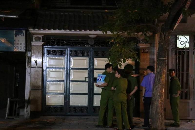 Đang khám nhà cựu tổng cục phó tình báo Phan Hữu Tuấn - ảnh 1