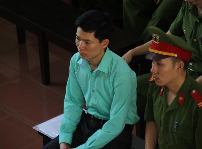 Bác sĩ Hoàng Công Lương vẫn bị cáo buộc hình sự - ảnh 1