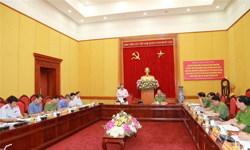 Ban Chỉ đạo Trung ương về PCTN  làm việc với Bộ Công an - ảnh 1