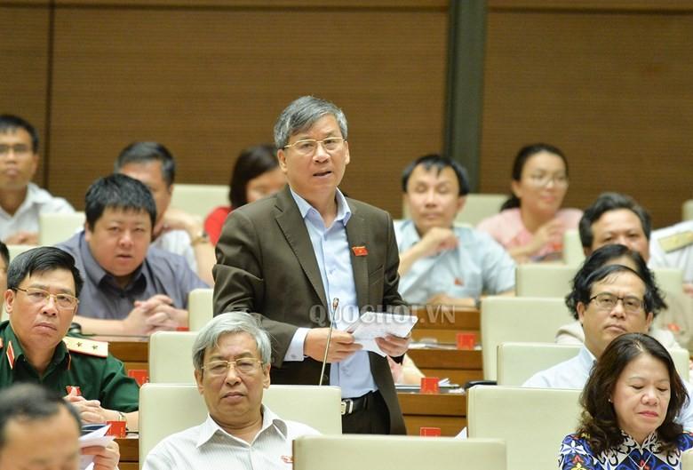 Bộ trưởng TN&MT trả lời về vấn đề sốt đất ở 3 đặc khu - ảnh 1