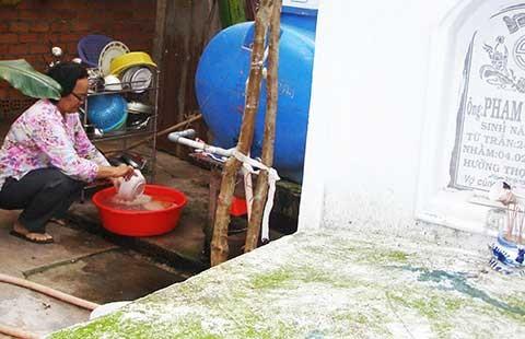 Sống với nguồn nước ô nhiễm, độc hại - ảnh 1