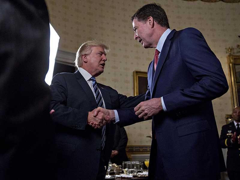 Giám đốc FBI đẩy ông Trump vào thế khó - ảnh 1