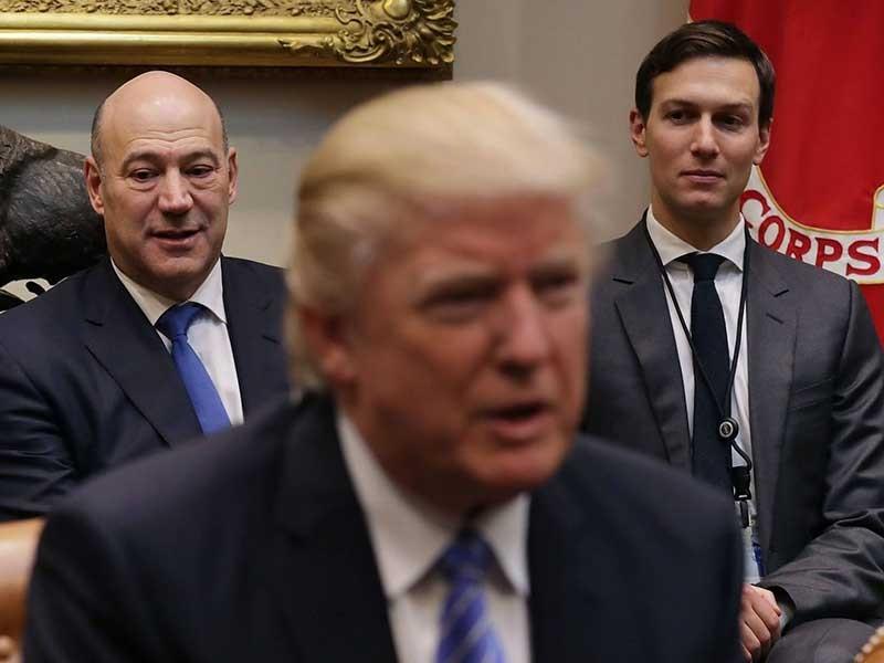 Nội bộ Nhà Trắng đang 'loạn các sứ quân' - ảnh 1