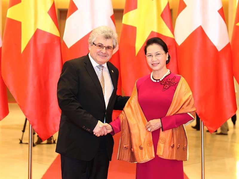 Chủ tịch QH hội đàm với chủ tịch HĐNN Thụy Sĩ - ảnh 1