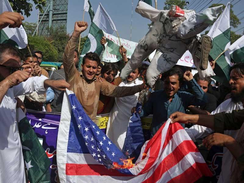 Mỹ cắt viện trợ Pakistan, tăng áp lực về Taliban - ảnh 1