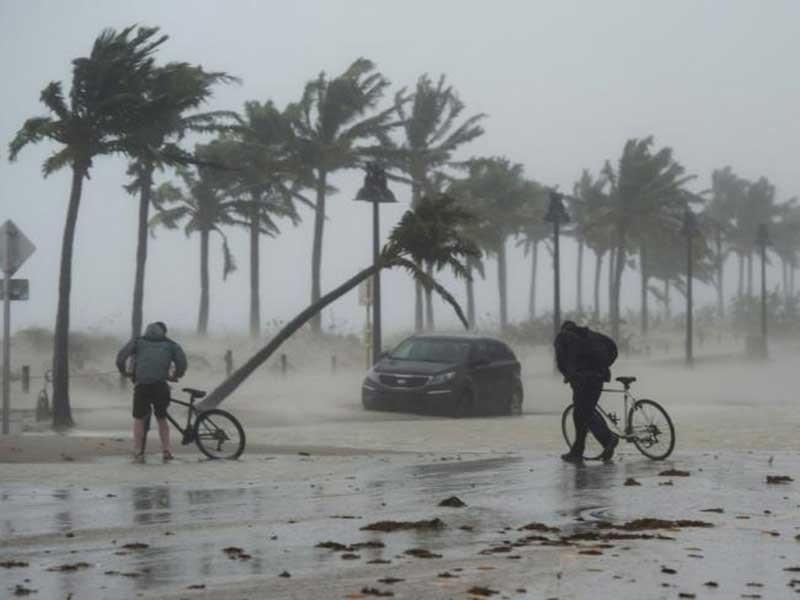 Nước Mỹ choáng váng vì 'quái vật' Irma  - ảnh 1