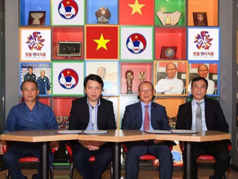 VN thuê HLV Hàn Quốc từng làm trợ lý cho Guus Hiddink - ảnh 1