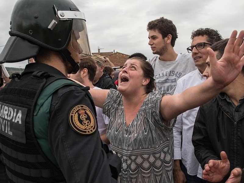 Tây Ban Nha đối diện nguy cơ tan rã - ảnh 1