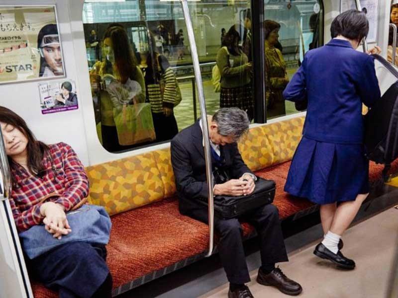 Karoshi: Mặt tối của phép màu kinh tế Nhật Bản - ảnh 1