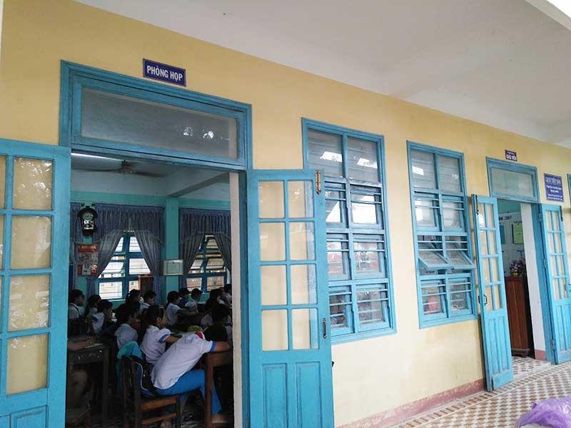 Quảng Nam: Học sinh tăng đột biến, trường lớp quá tải - ảnh 1