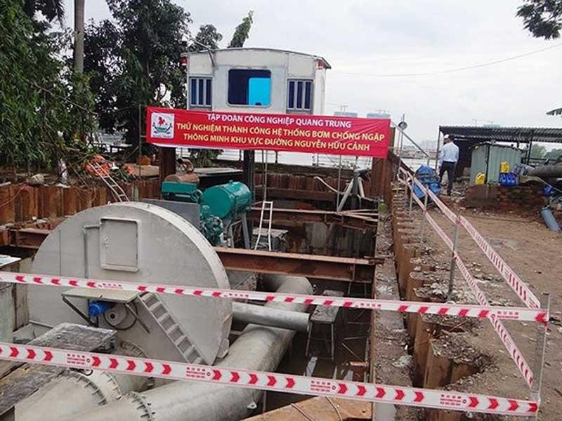 Chính thức thuê siêu máy bơm ở đường Nguyễn Hữu Cảnh - ảnh 1