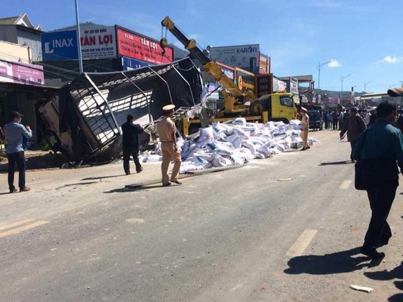 Khởi tố vụ xe tải gây tai nạn khiến 5 người tử vong - ảnh 1