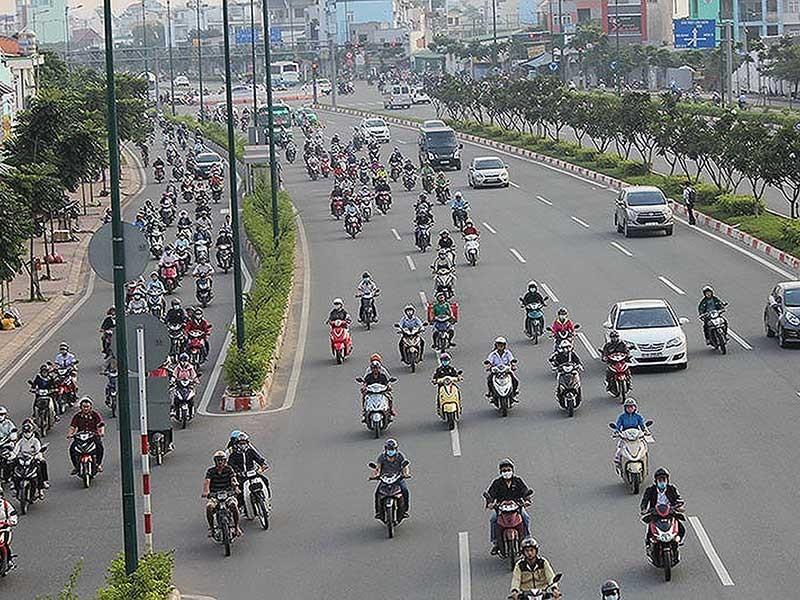 Giảm tốc độ 10 tuyến đường có làm giảm tai nạn? - ảnh 1