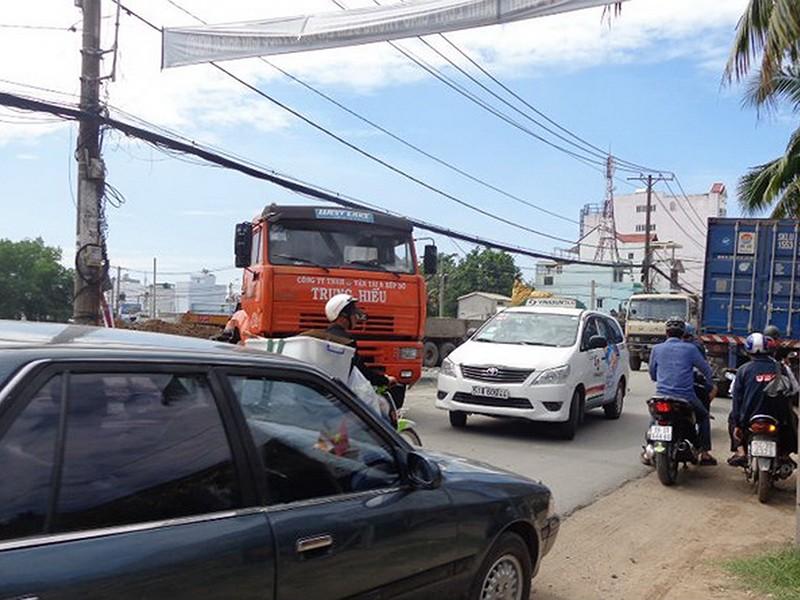 Đẩy nhanh làm đường Nguyễn Duy Trinh nối quận 2-quận 9 - ảnh 1