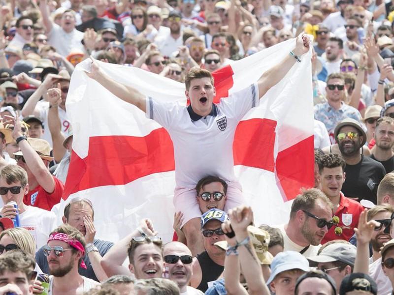 Sau khi thở phào, người Anh lại mơ vô địch - ảnh 1
