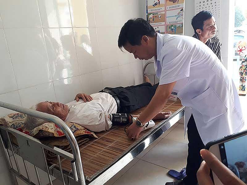 Bệnh nhân tử vong 2 năm vẫn đều đặn có đơn thuốc - ảnh 1