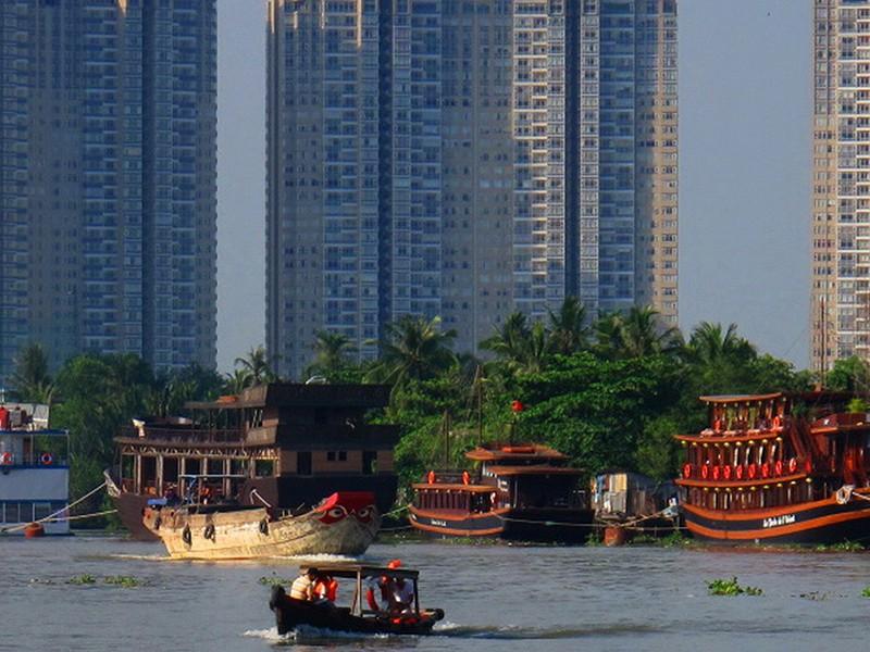 Đừng bóp nát diện mạo sông Sài Gòn - ảnh 1