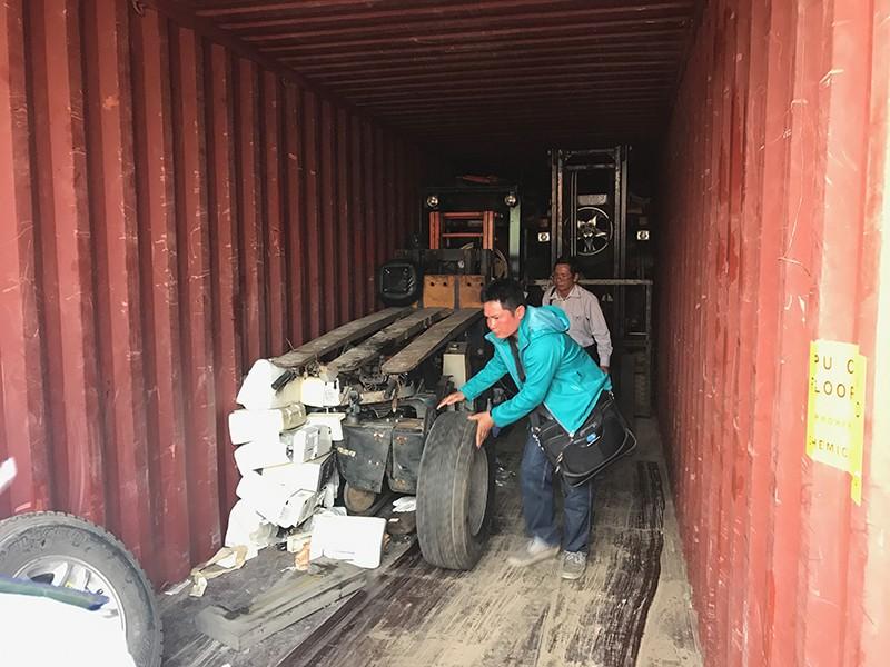 Bị vạ lây vì rác thế giới đổ vào Việt Nam - ảnh 1