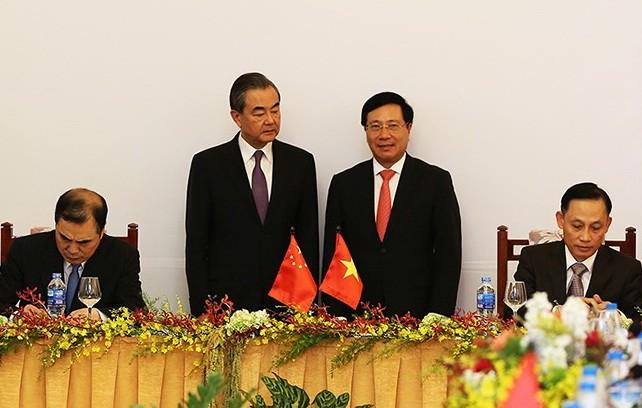 Việt Nam - Trung Quốc trao đổi thẳng thắn về vấn đề trên biển  - ảnh 1