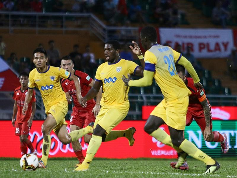 Hai trận 'chung kết' V-League - ảnh 1