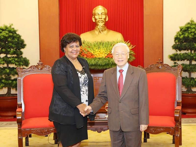 VN ủng hộ sự nghiệp cách mạng chính nghĩa của nhân dân Cuba - ảnh 1