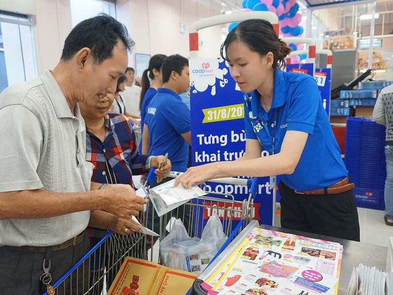 Nhà bán lẻ Việt Nam rất… cô đơn! - ảnh 1