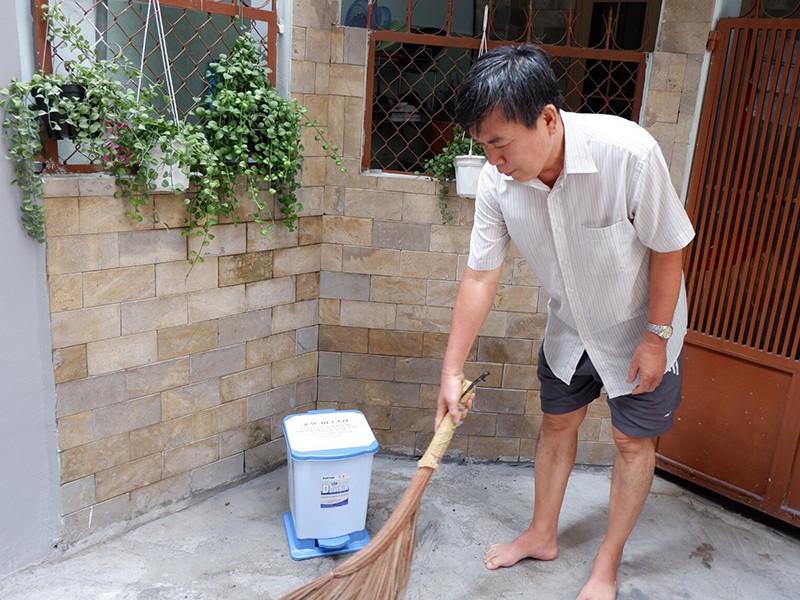 Từ 24-11, người dân phải phân loại rác trước khi vứt - ảnh 1
