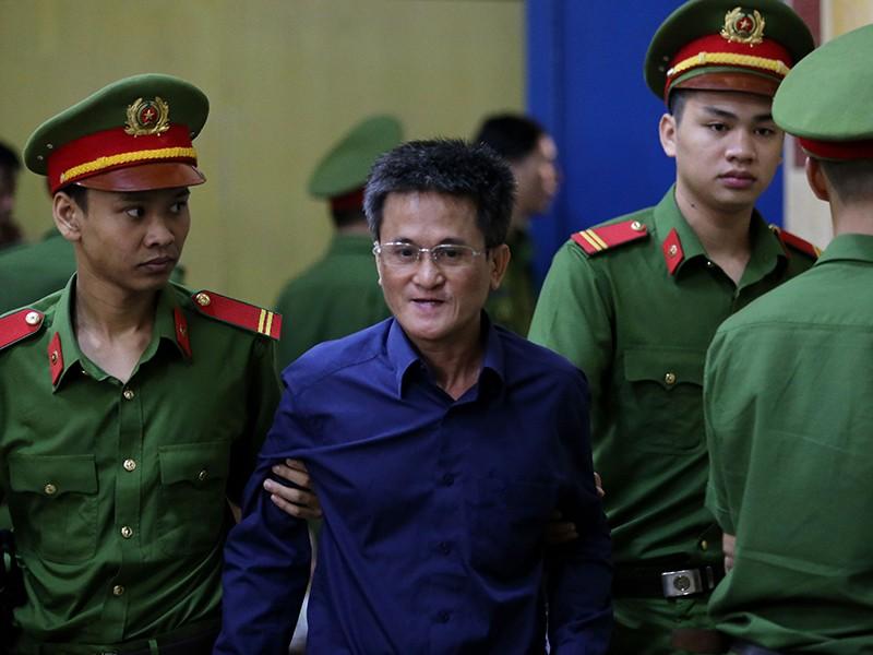 Xử vụ NH Đông Á: Sai phạm của người làm công ăn lương - ảnh 1
