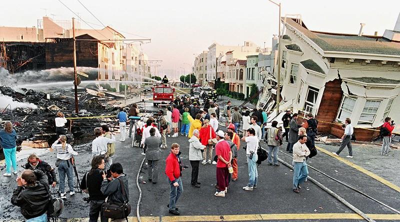 Nhiều vùng ở California đứng trước nguy cơ bị vùi lấp - ảnh 1