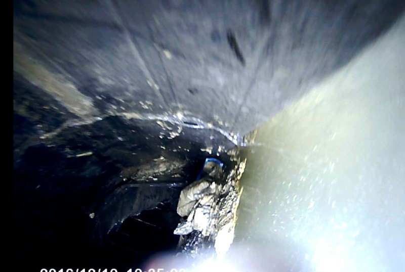 Sụp lở kinh hoàng dưới đáy kênh Nhiêu Lộc-Thị Nghè - ảnh 4