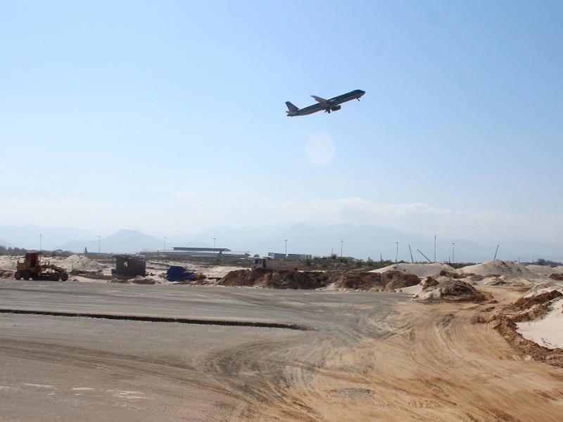 Máy bay VNA đáp nhầm đường băng: Lỗi do phi công - ảnh 1