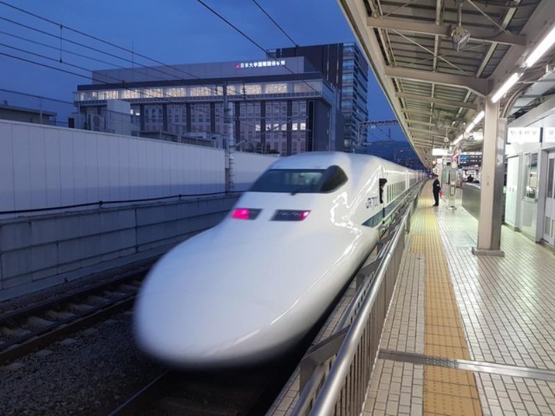 Làm rõ tác động của dự án đường sắt tốc độ cao đến nợ công - ảnh 1