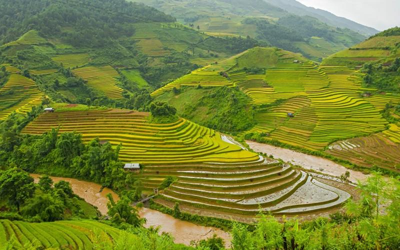 Việt Nam vẫn trong top 20 quốc gia đẹp nhất thế giới - ảnh 1
