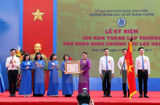 Chủ tịch QH dự lễ kỷ niệm 100 năm trường Trưng Vương - ảnh 1