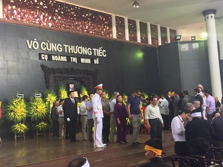 Lễ tang cụ Hoàng Thị Minh Hồ  theo nghi thức cấp cao - ảnh 2