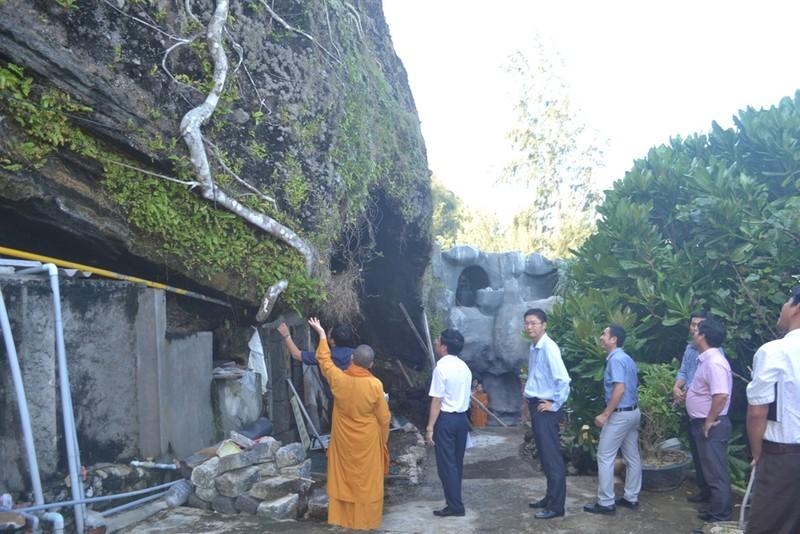 Sạt lở nghiêm trọng tại thắng cảnh chùa Đục Lý Sơn - ảnh 3