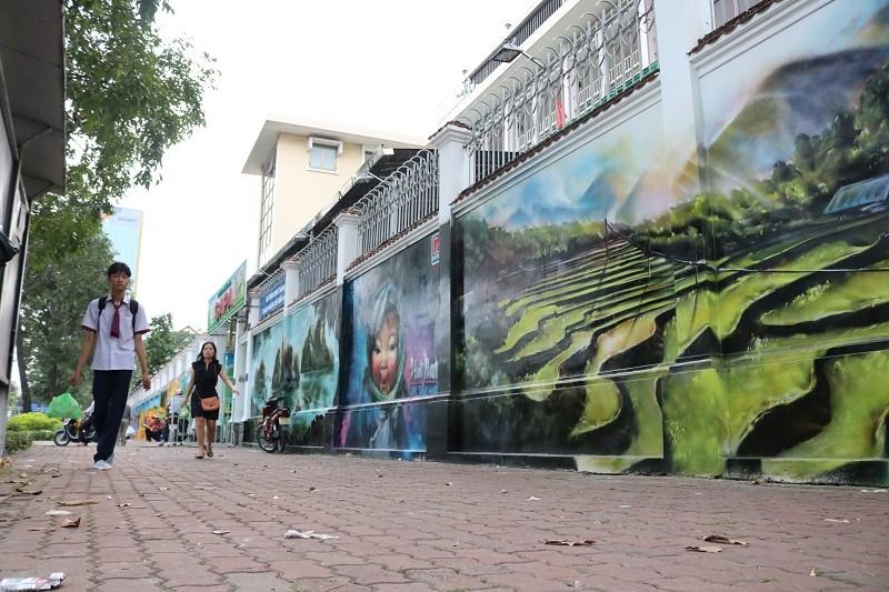 Ngẩn ngơ tranh tường trên phố Sài Gòn - ảnh 10