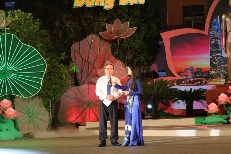 Bí thư Nguyễn Thiện Nhân kêu gọi giới trẻ 'thi đua ái quốc' - ảnh 4