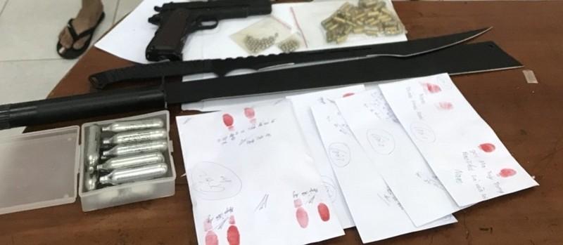 Bắt nhóm thanh niên trẻ mua bán ma túy có sử dụng súng - ảnh 2