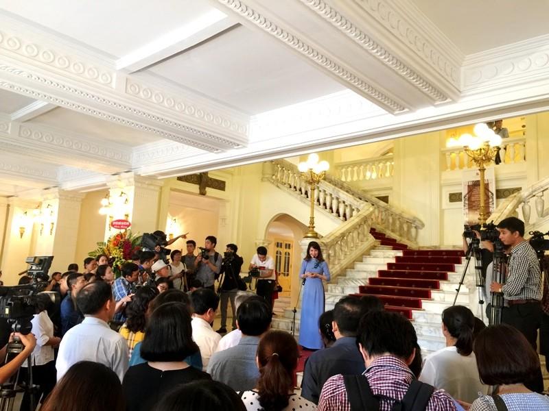 Nhà hát lớn Hà Nội chính thức mở cửa, giá vé 400.000 - ảnh 2