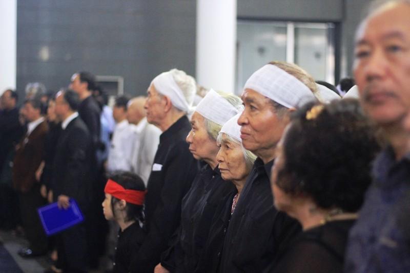Gia đình cụ Hoàng Thị Minh Hồ tặng lại tiền phúng điếu - ảnh 2