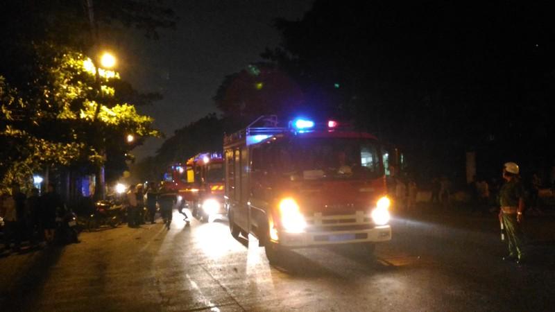 Cháy lớn trong khu công nghiệp Tân Bình - ảnh 5