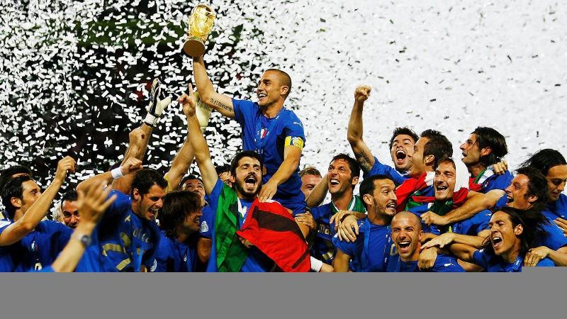 """Khi người Ý sợ """"quả bóng kinh tế"""""""
