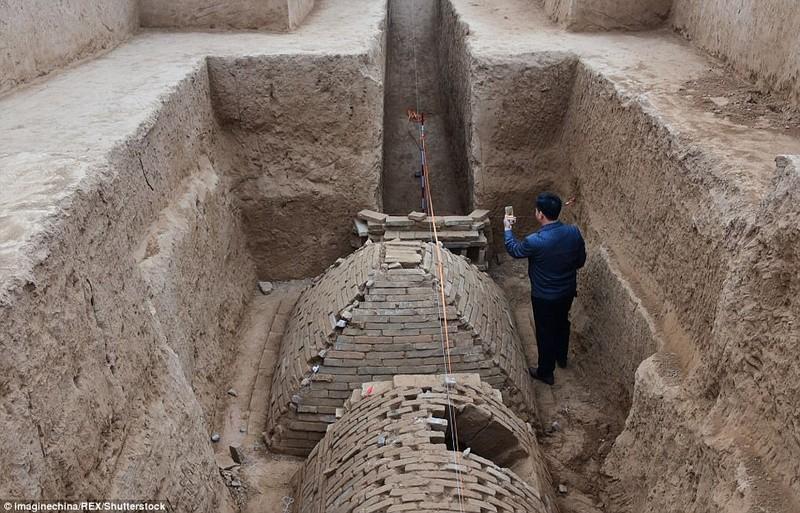 Phát hiện ngôi mộ kim tự tháp bí ẩn ở Trung Quốc - ảnh 1