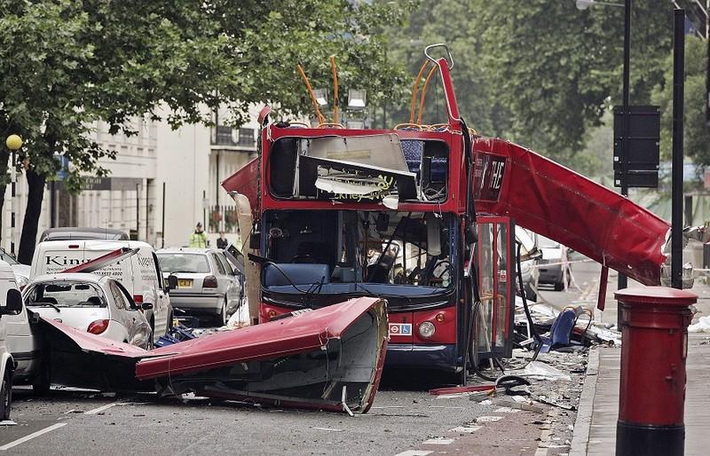 Nỗi ám ảnh khủng bố kinh hoàng tại Anh - ảnh 6