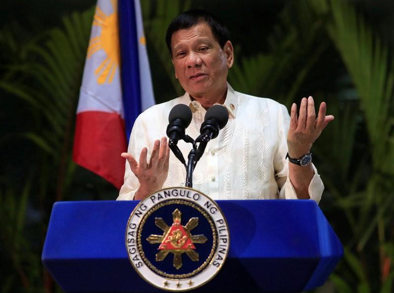 Ông Duterte tin TQ không xây dựng ở Scarborough - ảnh 1