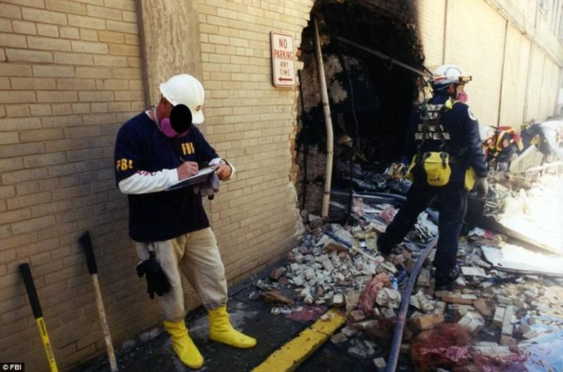 Ảnh Lầu Năm Góc tan hoang sau vụ khủng bố 11-9 - ảnh 11