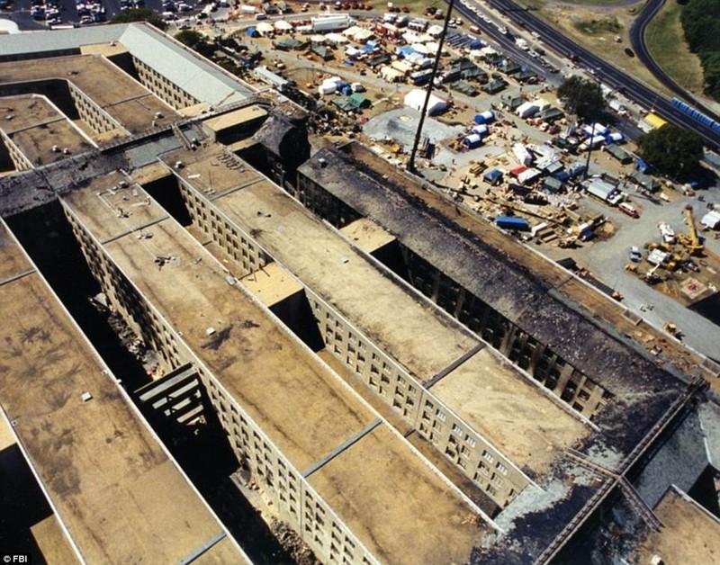 Ảnh Lầu Năm Góc tan hoang sau vụ khủng bố 11-9 - ảnh 12