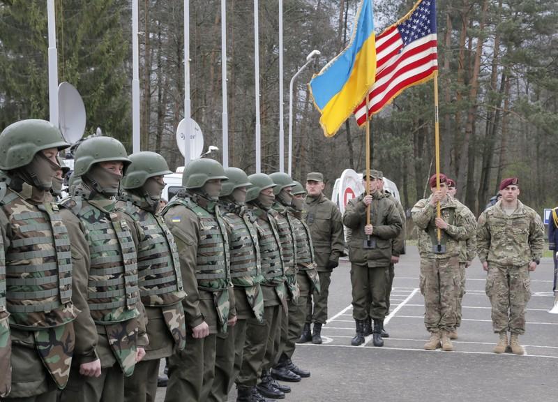 Mỹ điều binh đến Ukraine trước thềm tập trận Nga - ảnh 1