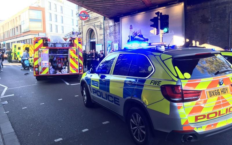 Nổ ga tàu điện ngầm London, nhiều người bị thương - ảnh 3